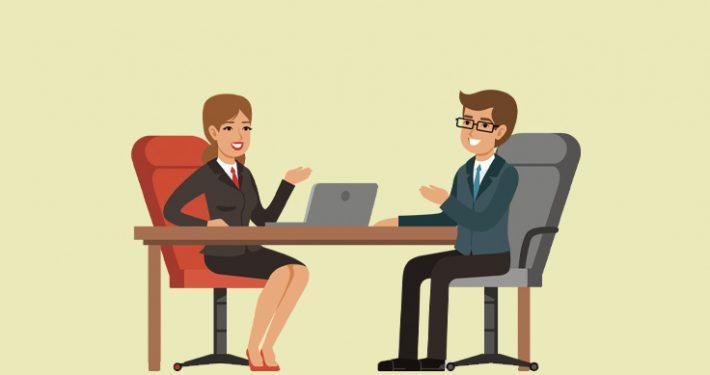 samtale-mellem-medarbejder-og-leder